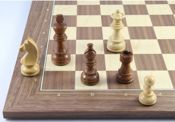 Schach Set No. 2/23 Akazienholz und Buchsbaum, Königshöhe 76 mm, 45x45 cm