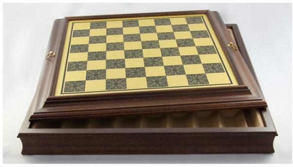 Schachkassette Messing-Optik, Feldgröße 43 mm