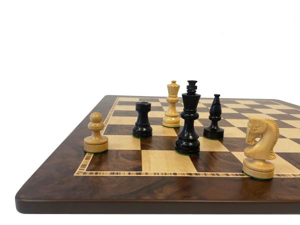 Schachset schwarz mit Schachfiguren in Ebenholz und Buchsbaum mit Schachbrett, Intarsien