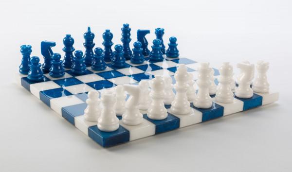 Schachspiel aus Alabaster blau und weiss
