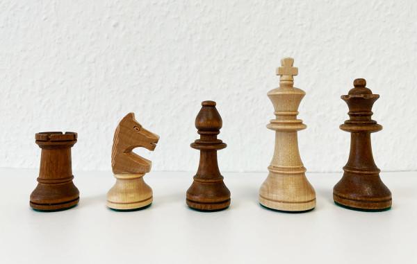 Staunton Schachfiguren Königshöhe 95 mm Tournament, aus heller Buche in Deutschland hergestellt