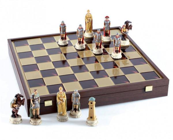 Schachset Römer / Griechen, handbemalte Schachfiguren mit Schachbrett, 47x47cm