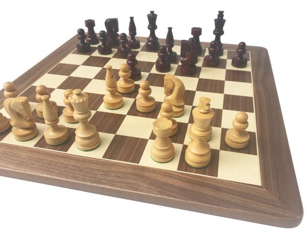 Schachset Rotholz und Buchsbaum Schachfiguren, mit Schachbrett aus Nussbaumholz