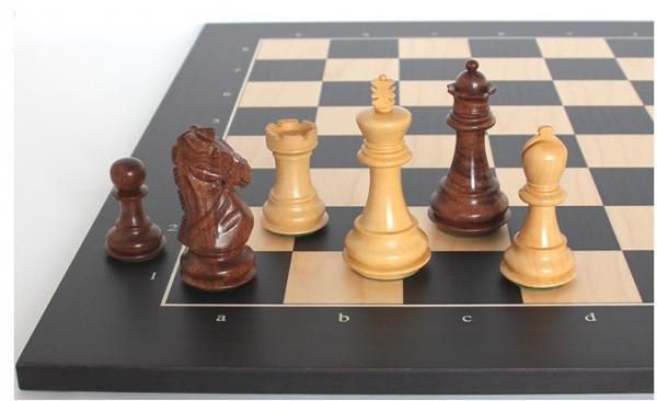 Schach Set Ultimate 25, von Hand geschnitzten Springer