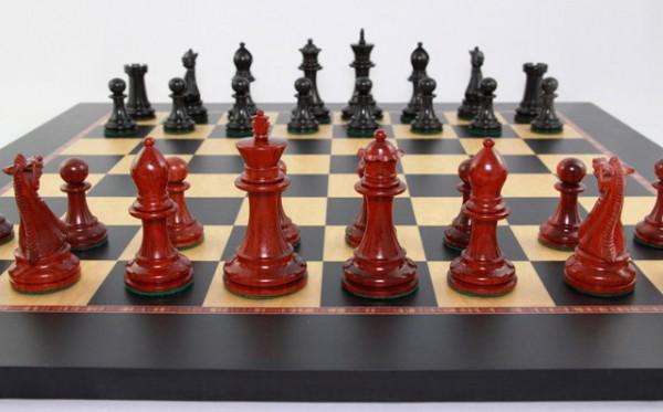 Schach-Set Monocrat Royale