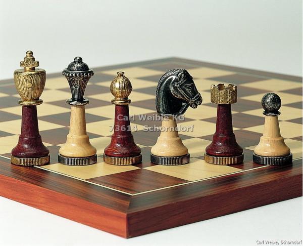 Combinaison-Design Schachfiguren mit Schachbrett aus Metall und Holz Kombination