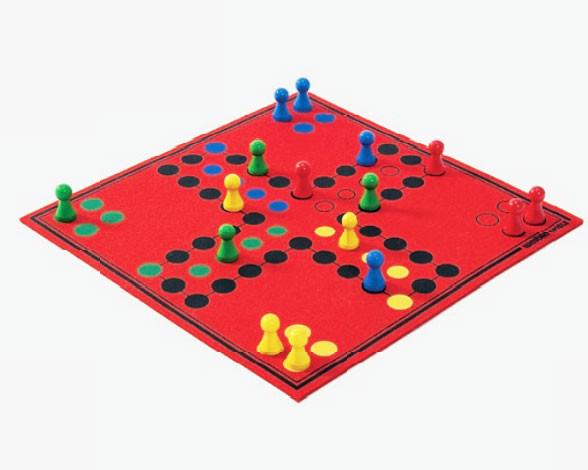 Ludo Brettspiel Aufgerollt aus hochwertigem Wollfilz 30x30cm, in Geschenkbox