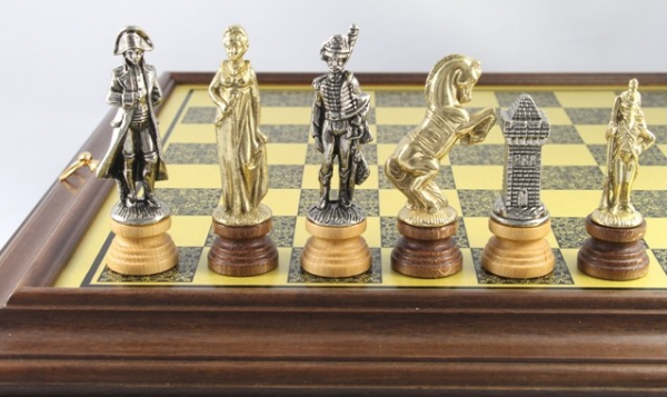 Schach-Set Napoleon Bonaparte, Metall und Holz