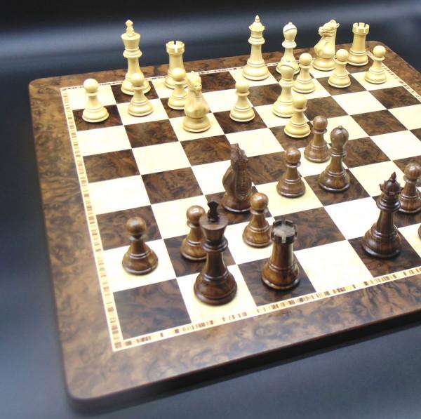Schachset Strategik Staunton, Schachfiguren mit Schachbrett
