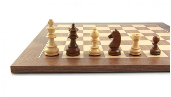 Schach-Set Civil 63, Schachbrett mit Schachfiguren