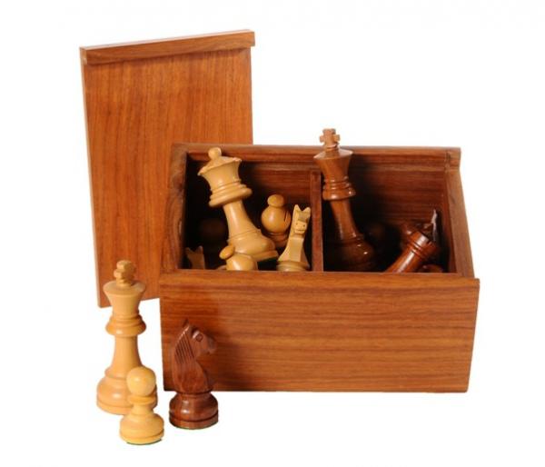 Staunton Schachfiguren aus Akazienholz und Buchsbaum 89 mm, beschwert.