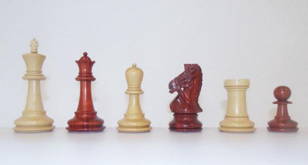Schachfiguren Edel-Staunton Padouk Holz und Buchsbaum, handgeschnitzter Springer, Königshöhe 100 mm