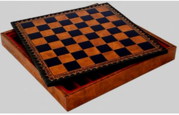 Schachkassette aus Salpa Leder, Feldgröße 28mm (ohne Schachfiguren)