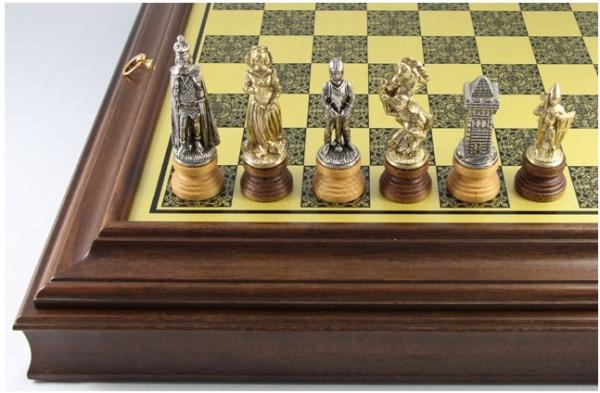 Schach-Set Maria Stuart, Metall und Holz kombination