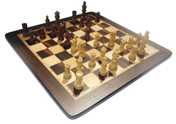 Schachset Säulenform Schachfiguren handgeschnitzt mit Schachbrett