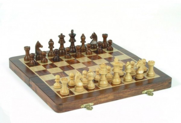 Schachkassette aus Akazienholz, Königshöhe 64 mm, magnetisch