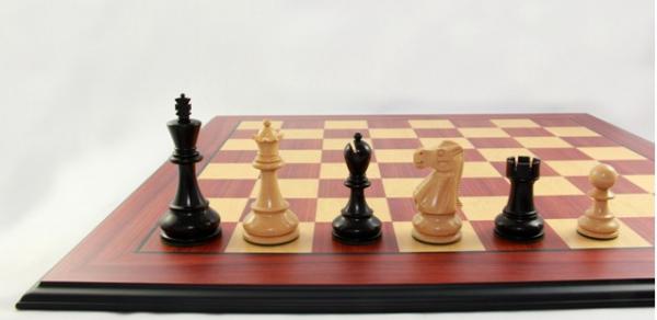 Schach Set Jaques Scylion, Schachbrett mit Schachfiguren