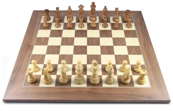 Schach Set Gradient 89, aus Akazienholz und Buchsbaum